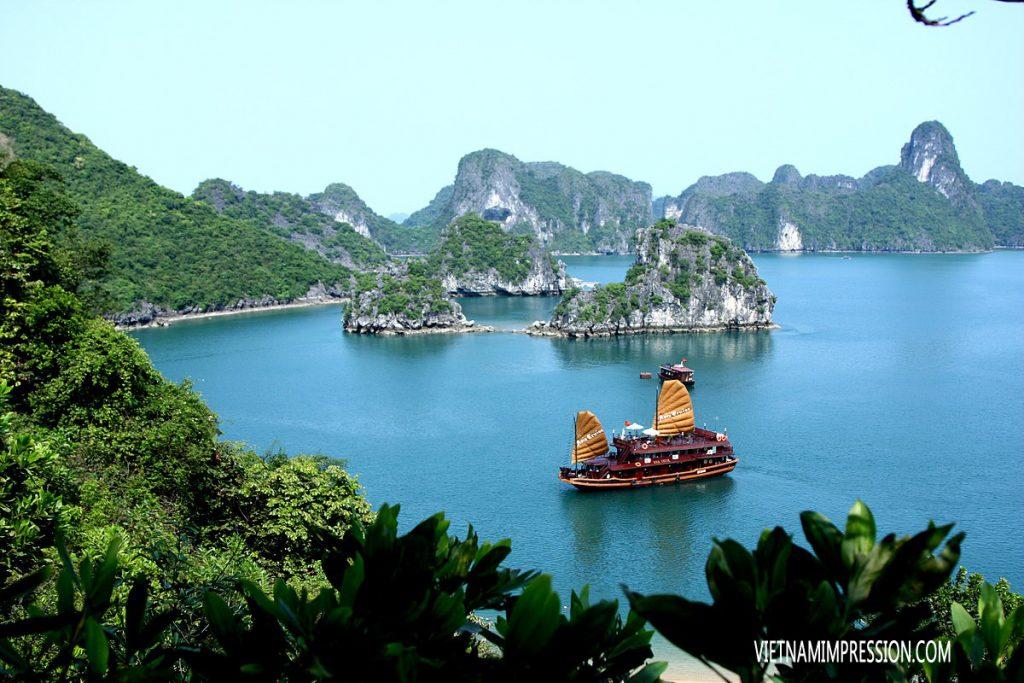 Teluk Halong